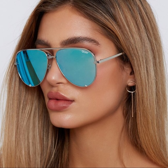 306f887dc2f Quay AU X Desi High Key Blue Silver Sunglasses. M 5ac95c643a112e677c4bef16
